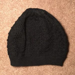 Accessories - Cute black beanie